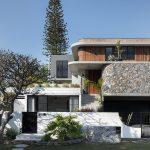DESIGNER-GRAYHAUS-YERONGA-HOME-SELLS-AT-AUCTION